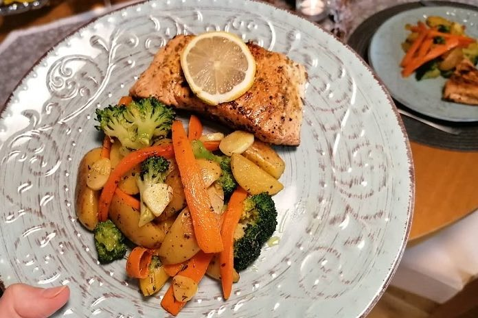 losos so zeleninou